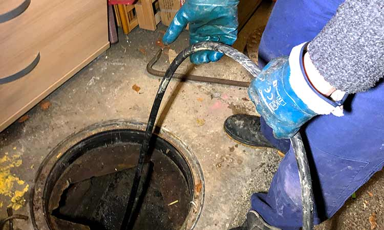 Jet Hose Going Down Pipe